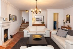 Townhouse-for-sale-in-San-Pedro-de-Alcántara-Marbella
