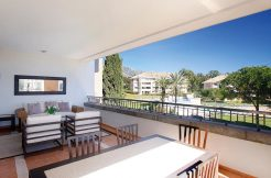 "Luxury ""La Trinidad"" Apartment for Sale –The Golden Mile, Marbella"