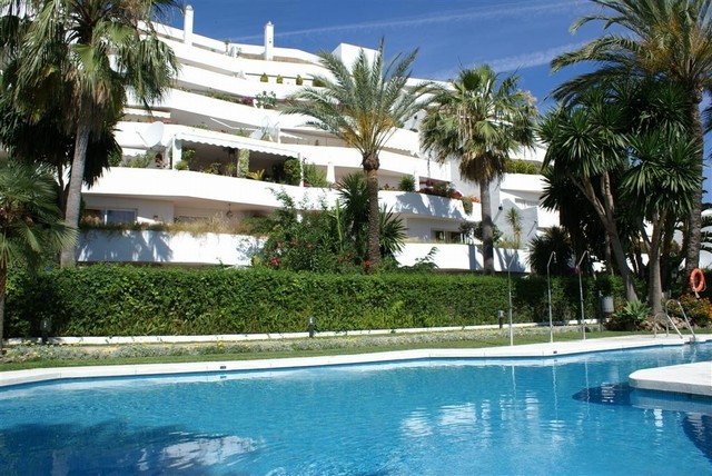 Ground Floor for sale in Marbella West, Marbella
