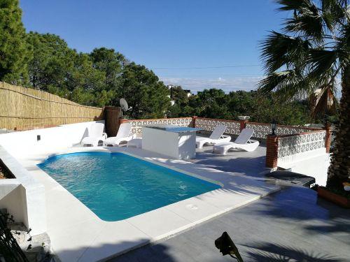 Villa For Sale in Forest Hills, Estepona