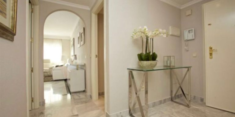 Ground-Floor-Apartment-For-Sale-In-Puerto-Banus-Josa-Realty-2