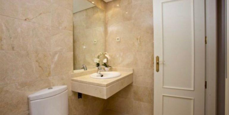 Ground-Floor-Apartment-For-Sale-In-Puerto-Banus-Josa-Realty-8