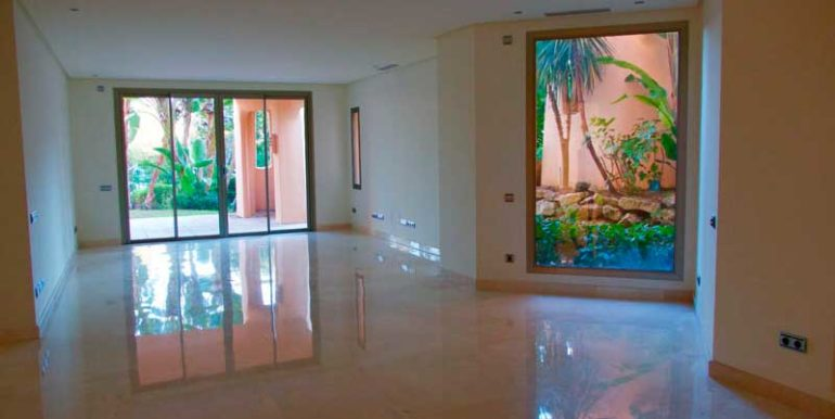 Ground_Floor_Apartment_For_Sale_In-Sierra_Blanca_Marbella_Josa_Realty_1
