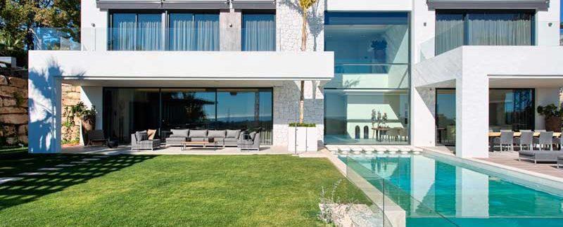 Villa-For-Sale-In-La-Alqueria,-Benahavis-Josa-Realty