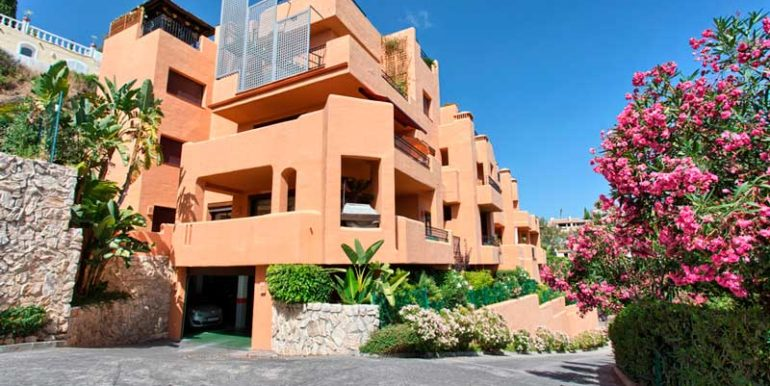 Apartment-For-Sale-In-Los-Almendro-Benahavis-Josa-Realty