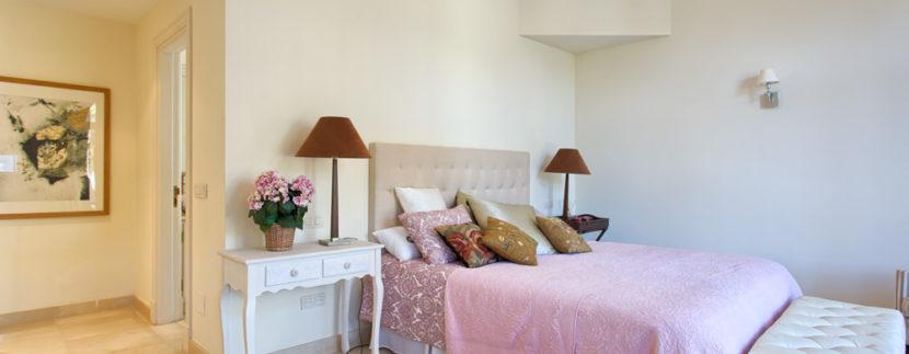 Villa-For-Sale-In-Guadalmina-Baja-Josa-Realty