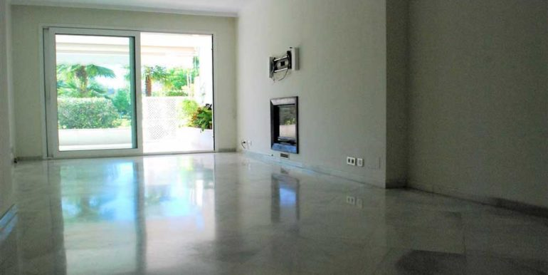 Apartment-For-Sale-In-Los-Granados-Nueva-Andalucia-Josa-Realty-5