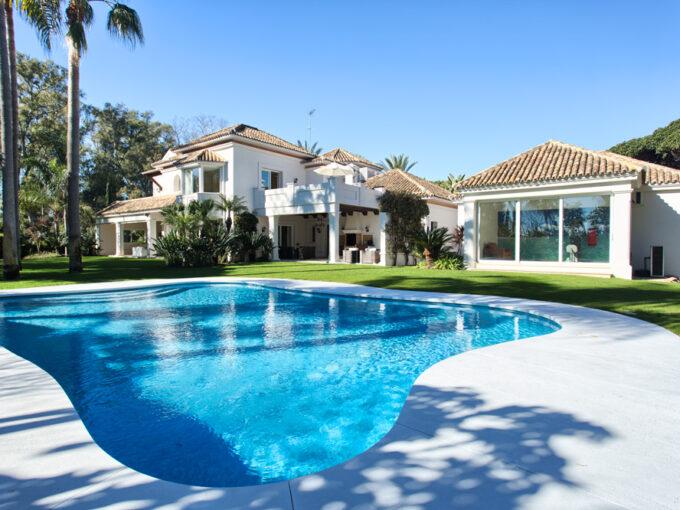 Villa-For-Sale-In-Gualdamina-Baja-Josa-Realty