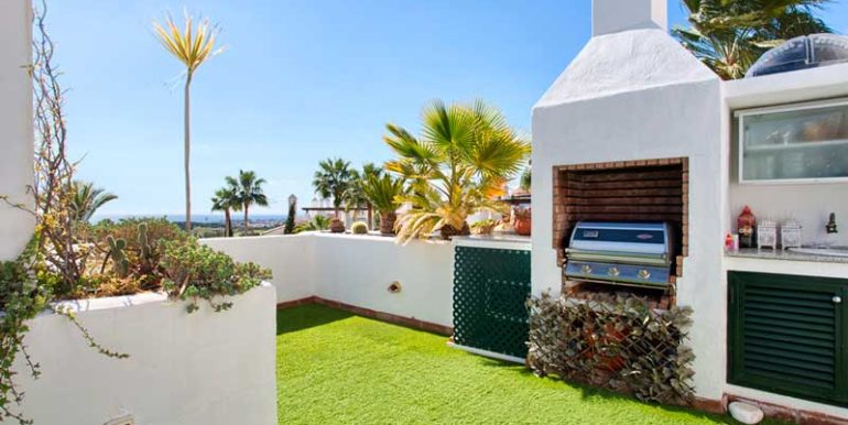 Townhouse-For-Sale-In-El-Paraiso-Alto-Benahavis-Josa-Realty