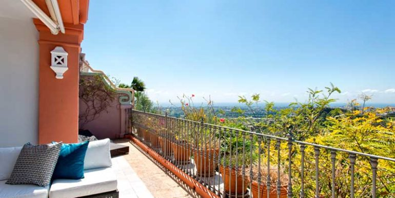 Ground-Floor-Apartment-For-Sale-In-Monte-Halcones-Benahavis-Josa-Realty