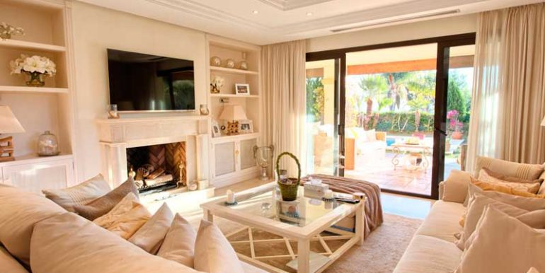 Ground-Floor-Apartment-For-Sale-In-Aloha-Park,-Nueva-Andalucia-Josa-Realty-2