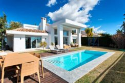 Villa-For-Sale-In-Nueva-Andalucia-Josa-Realty
