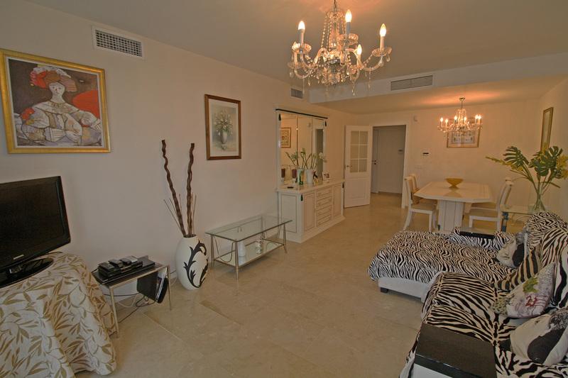 Groundfloor Apartment for Rent in Urbanización Coto Real Marbella