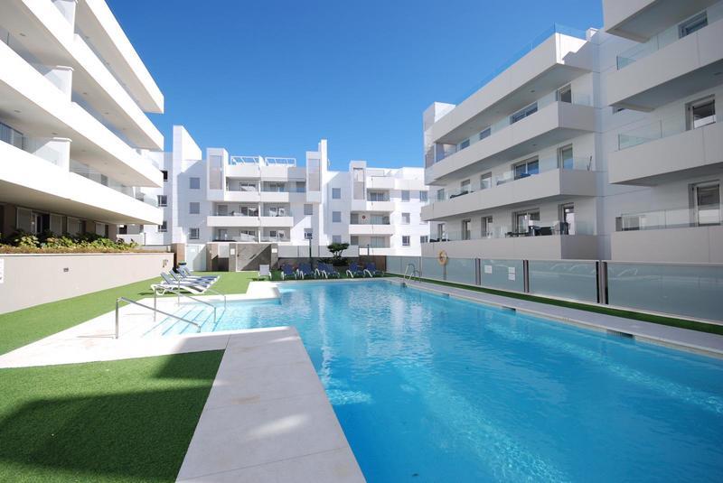 Apartment For Rent In Urbanizacion Aqua, San Pedro de Alcantara
