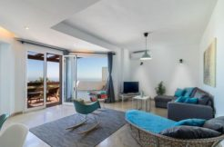 josa-realty-penthouse-for-rent-on-the-golden-mile-marbella
