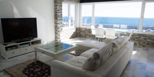 Penthouse For Rent in Puerto Banus
