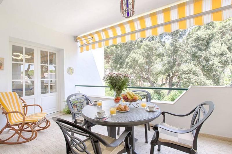 Apartment For Rent In El Presidente, Estepona