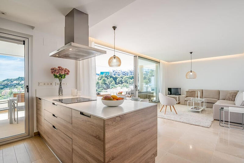 Contemporary Apartment For Sale in Botanic, Benahavis