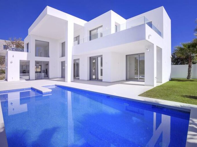 josa-realty-newly-built-luxurious-villa-for-sale-in-el-capitan-benahavis