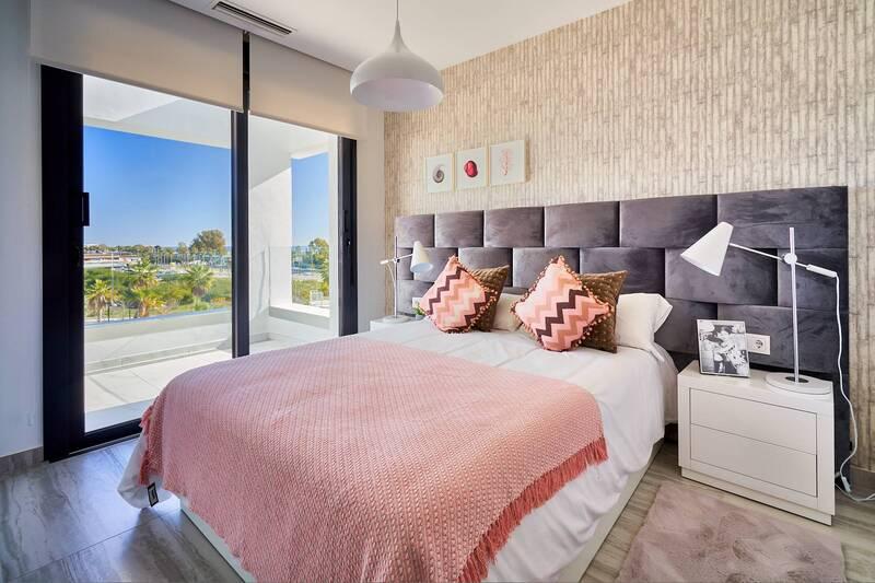18 Showflat 1 Bedroom 1