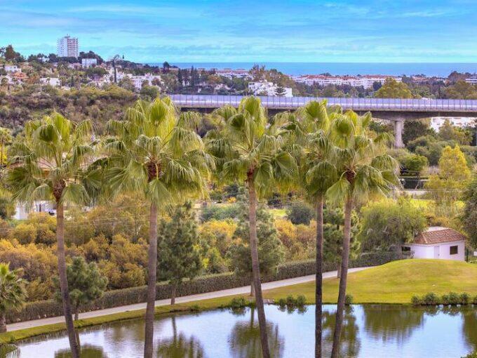 josa-realty-top-floor-apartment-for-sale-in-los-arcos-de-la-quinta-benahavis