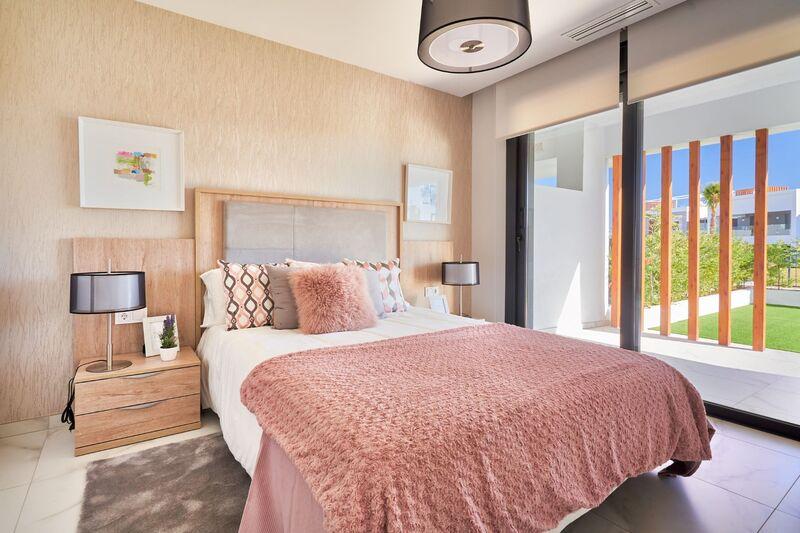 42 Showflat 3 Bedroom 1