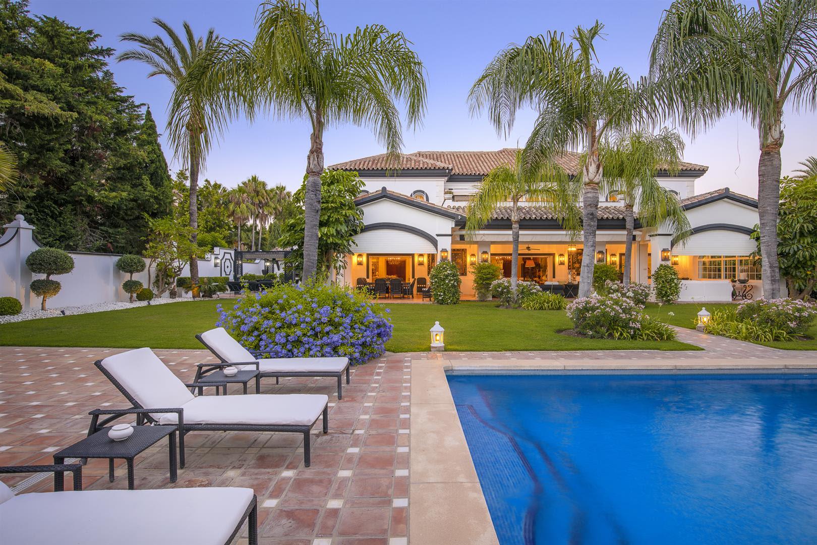 Majestic villa is located in Guadalmina Baja
