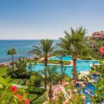 josa-realty-luxurious-beachfront-apartment-for-rent-in-malibu-puerto-banus
