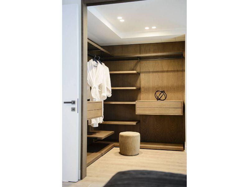 master-bedroom-dsc-2356-721x1080